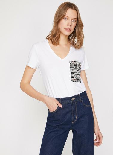 Koton Cep Detaylı T-Shirt Ekru